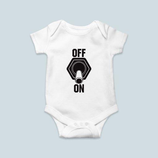 Kikapcs/bekapcs gombos baby body